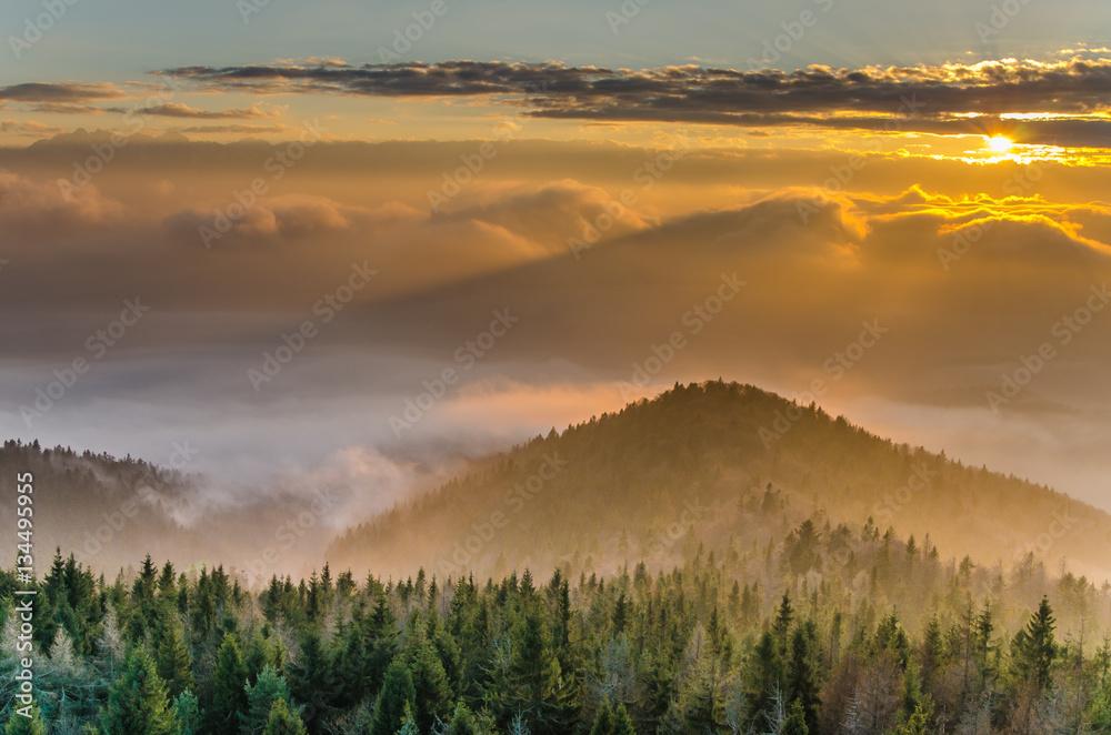 Fototapety, obrazy: Gorce,Lubań zachód słońca.