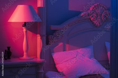 Photo Luxurious minimalistic art décor Bedroom with royal bed, pink and blue light wit