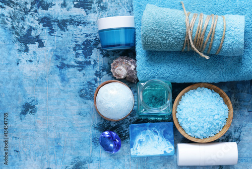 Foto op Canvas Spa Spa concept turquoise - soap, salt, cream, towel