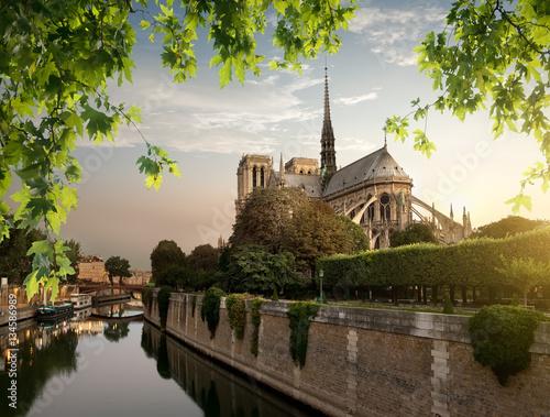 Poster Paris Notre Dame and park