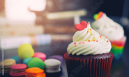 Colorful Valentines Cupcake with macaron cookies. Wallpaper Mural