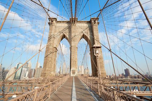 In de dag Bruggen Empty Brooklyn Bridge view in a sunny day, New York