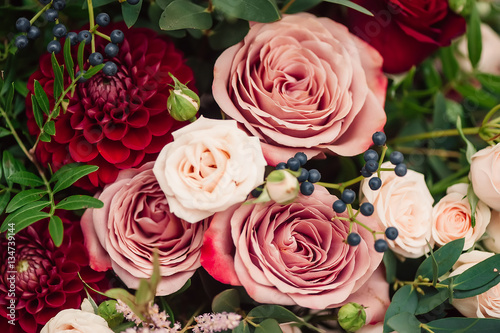 Spoed Foto op Canvas Dahlia bouquet of roses red pink dahlia