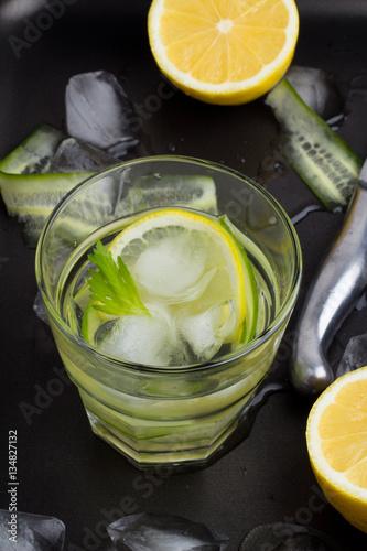 Poster de jardin Bar water, cucumber, lemon and ice