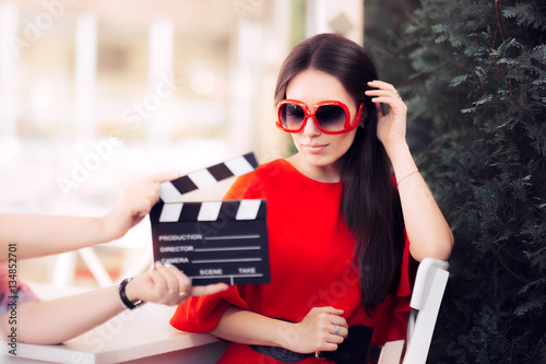 Photo  Actress with Oversized Sunglasses Shooting Movie Scene