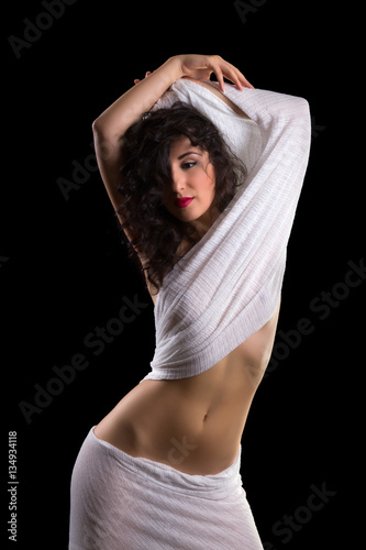 Curvy pose in white Canvas-taulu