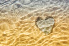 Heart Distortion Under Water, ...