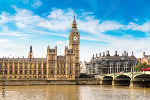 Foto  Big Ben, Parliament, Westminster bridge in London