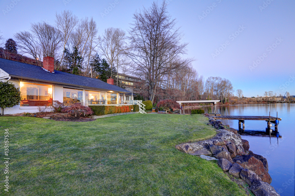 Fototapety, obrazy: Lovely waterfront home with private dock