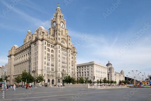 Photo  Liverpool Royal Liver building on the Mersey waterfront