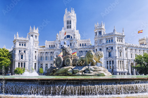 Foto  Cibeles fountain in Madrid, Spain