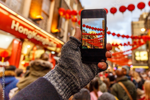 Taking and posting photo of Chinese new year with smartphone