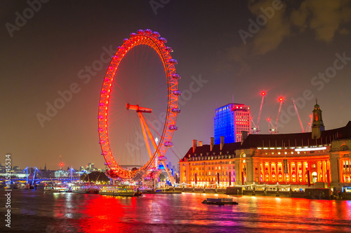 Photo London eye at night