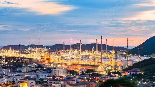 Staande foto Marokko Oil refinery industry at sunset - factory - petrochemical plant