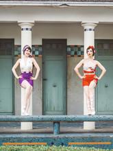 Femmes Art Deco
