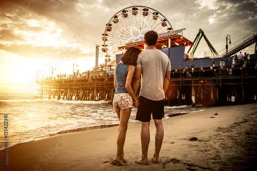 Papiers peints Attraction parc Happy couple spending time in Santa monica