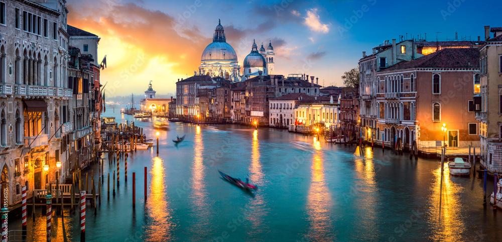 Fototapety, obrazy: Sonnenuntergang über dem Canal Grande in Venedig, Italien