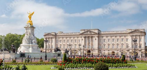 Buckingham Palace et mémorial Reine Victoria Canvas Print
