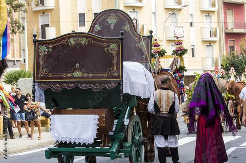 Photo  SELARGIUS, ITALIA -  SETTEMBRE 13, 2015: Antico sposalizio selargino - Sardegna