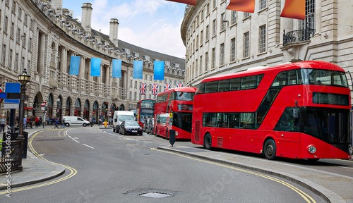 Türaufkleber London roten bus London Piccadilly Circus in UK