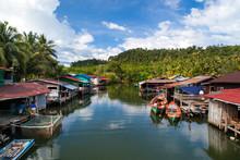 Floatting Village, Cambodia, Tonle Sap, Koh Rong Island. Floatin
