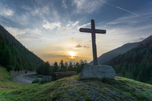 Wooden Cross And Colorful Sunr...