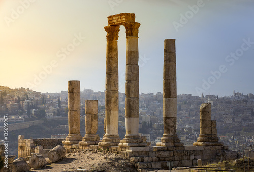 Fotografia The ruins of the ancient citadel in Amman, Jordan