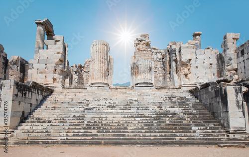 Valokuva  Temple of Apollo in antique city of Didyma