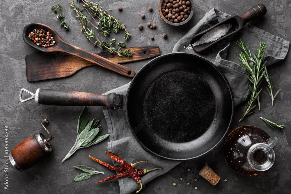 Fototapety, obrazy: dark culinary background with empty black pan and space for text recipe or menu