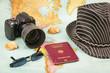 Reiseplanung kamera karte pass hut