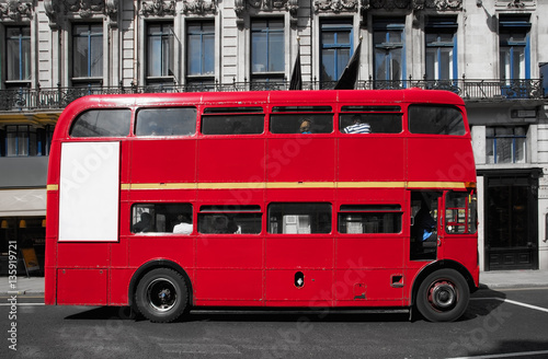 Türaufkleber London roten bus Double-decker bus in the city of London