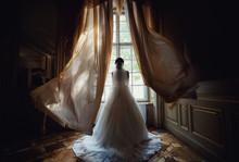 Amazing Photo Of The Bride Next To The Window