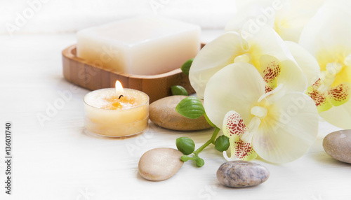 Keuken foto achterwand Spa Spa set with orchid, candle and massage stones