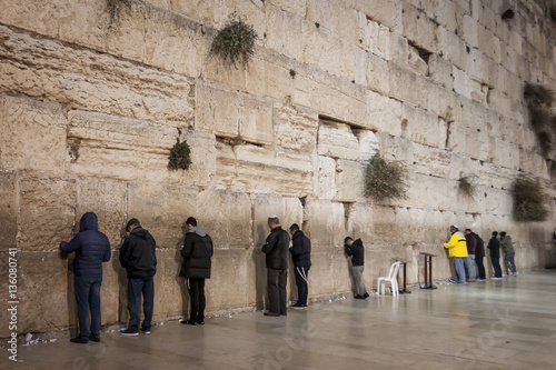 Fotobehang Midden Oosten Men Praying - Wailing Wall - West Wall - Old Jerusalem, Israel