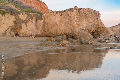 Papiers peints Corail Late Afternoon sunlight bathes the rocks at El Matador State Beach near Malibu California
