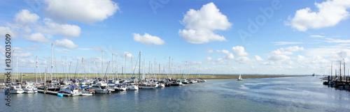 Photo  Hafenpanorama Insel Spiekeroog