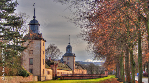 Montage in der Fensternische Schloss Blick auf Schloss Corvey bei Höxter.