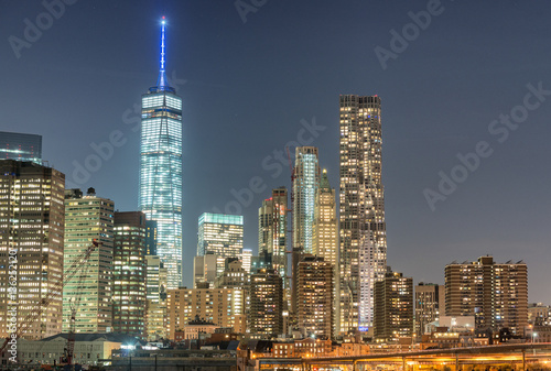 Manhattan night lights - New York skyline