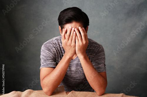 Photo 疲れた男性