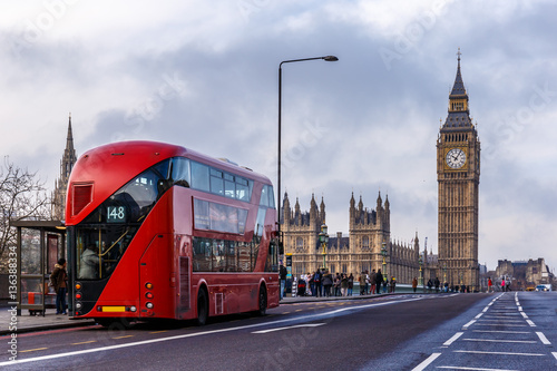 Fotografie, Tablou  Red doubledecker on Westminster bridge