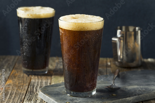 Photo Frothy Nitro Cold Brew Coffee