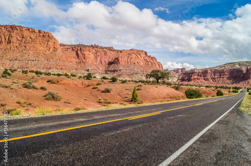 Fotobehang Natuur Park the majestic roads of the southwest of America