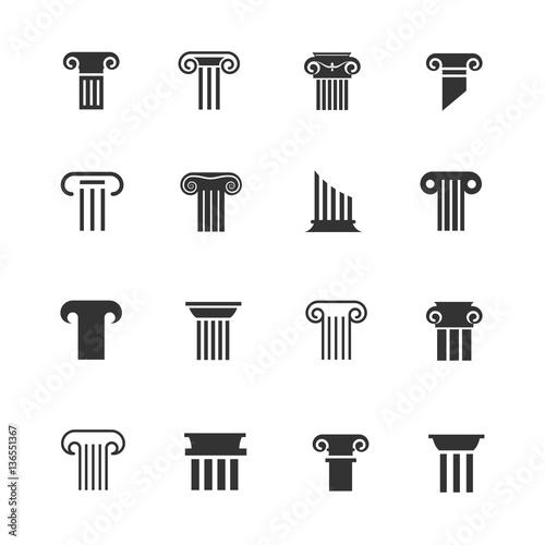 Fotografía  Ancient greek and roman column icons