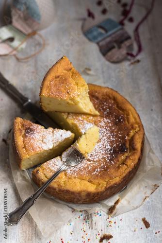 Fotografie, Obraz  boccone di dolce italiano tipico di carnevale