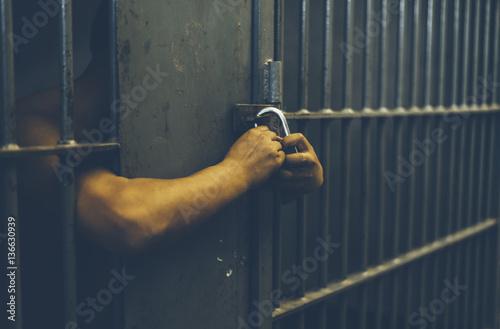 Cuadros en Lienzo  A man in jail