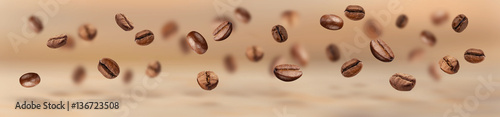 Cuadros en Lienzo Flying coffee beans horizontal banner