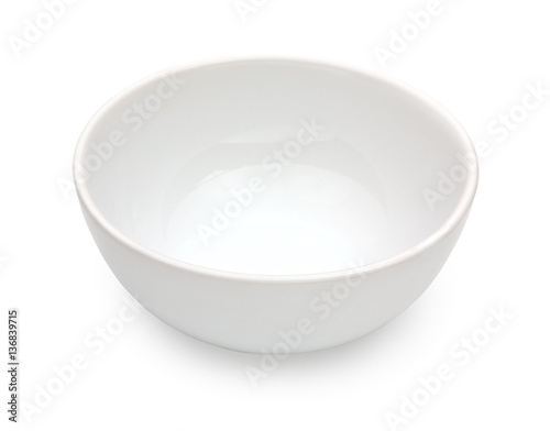 Photo  White ceramic bowl isolated on white background