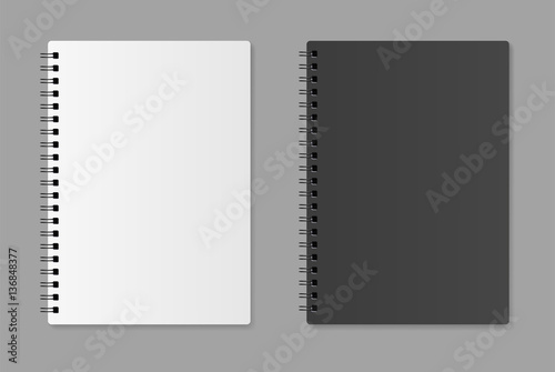 Foto  Realistic blank notebook - stock vector.