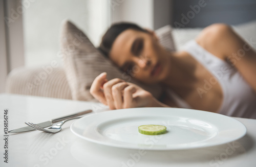 Valokuva Girl keeping diet