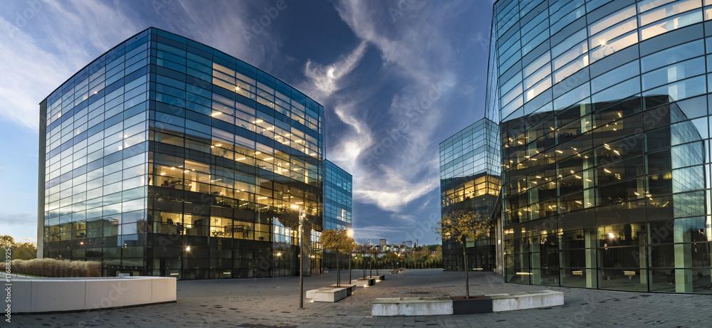 Fototapety, obrazy: Modern office buildings